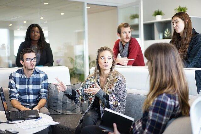 4 reasons to hire a V.I.E international trainee